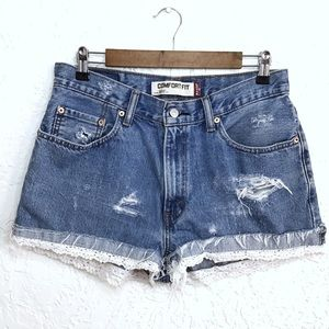 Levi's Shorts - Levi's 506 comfort fit lace high waisted shorts 32